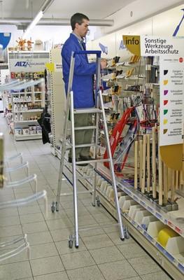 Свободностоящая стремянка Krause Stabilo 3 ступеньки с роликами Купить в магазине Tayger