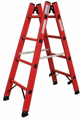 Диэлектрическая двухсторонняя лестница-стремянка с перекладинами Стремянка с перекладинами, 100 % стекловолокно, для работ на электрических установках. Рифленые противоскользящие перекладины обеспечивают надежное положение при работе. Для устойчивого и сп